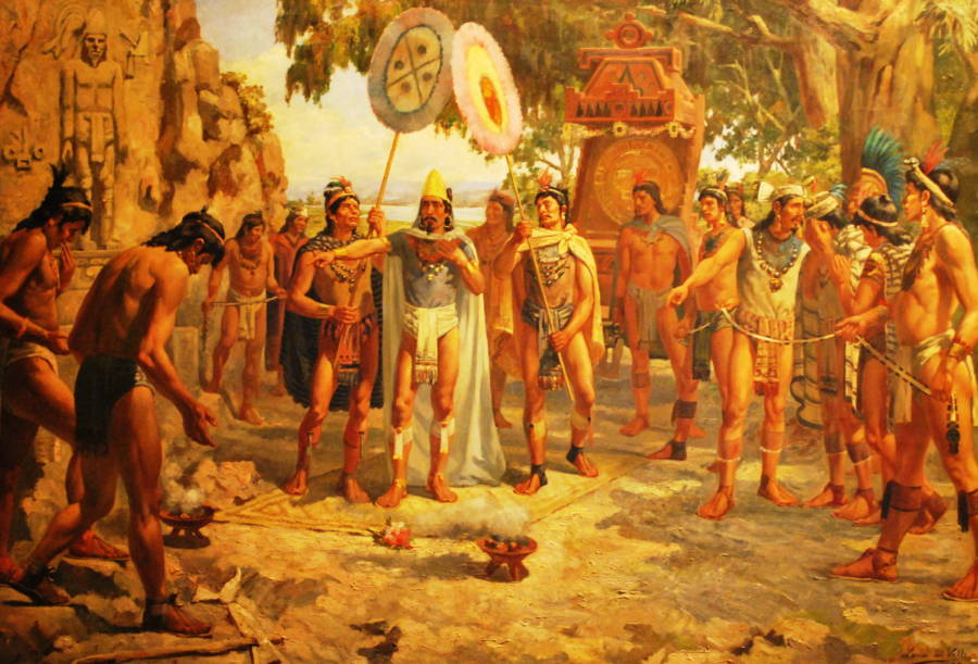 a look at the history of the aztec nation The aztecs are one of 18 nations in vanilla rise of nations they have the power of sacrifice, based on the central role of warfare in aztec society, where it was frequently carried out, not to to outright kill the enemy, but to acquire captives to.