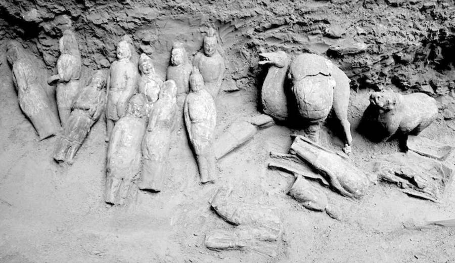 Figurines Tomb