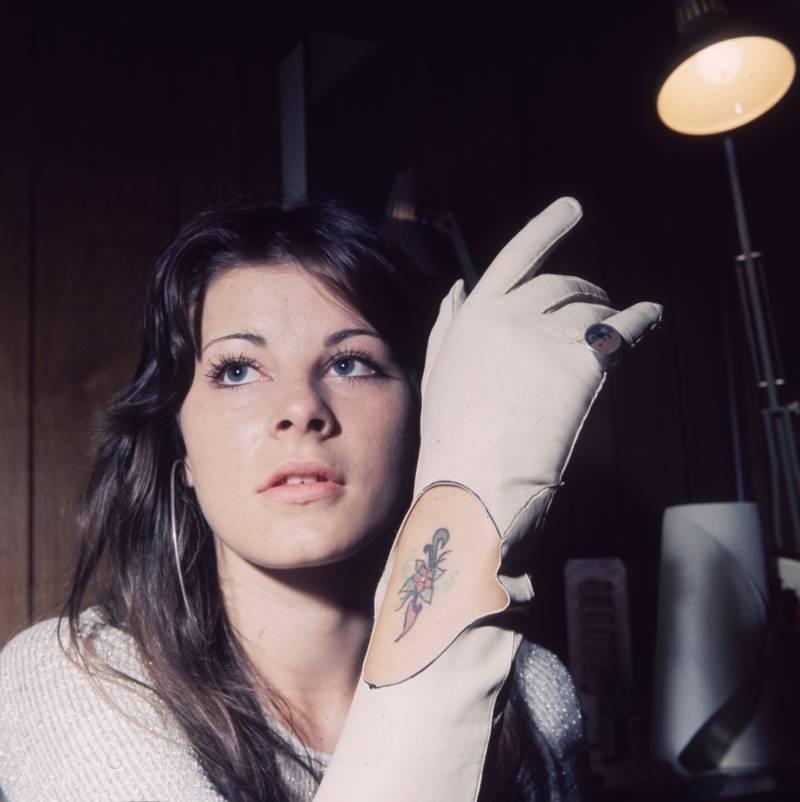 Glove Tattoo