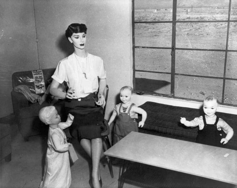 Operation Doorstep Mom Kids