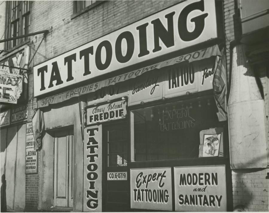 Tattoo Modern