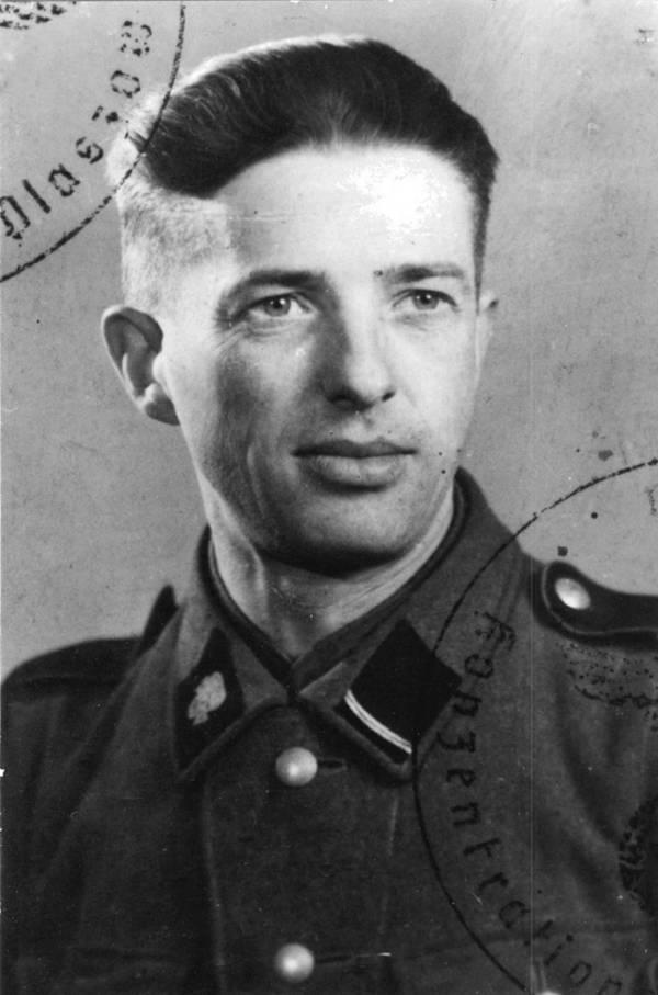 Fritz Korthals