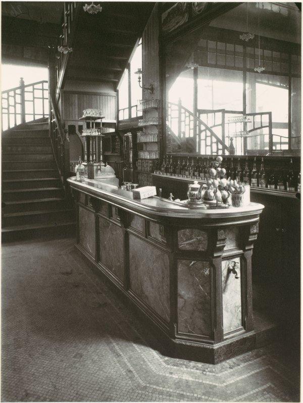 Bar In Cabaret