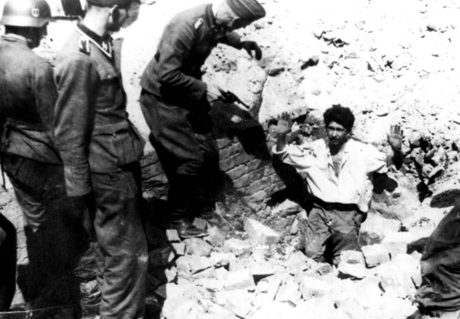 Warsaw Ghetto Uprising: 33 Harrowing Photographs