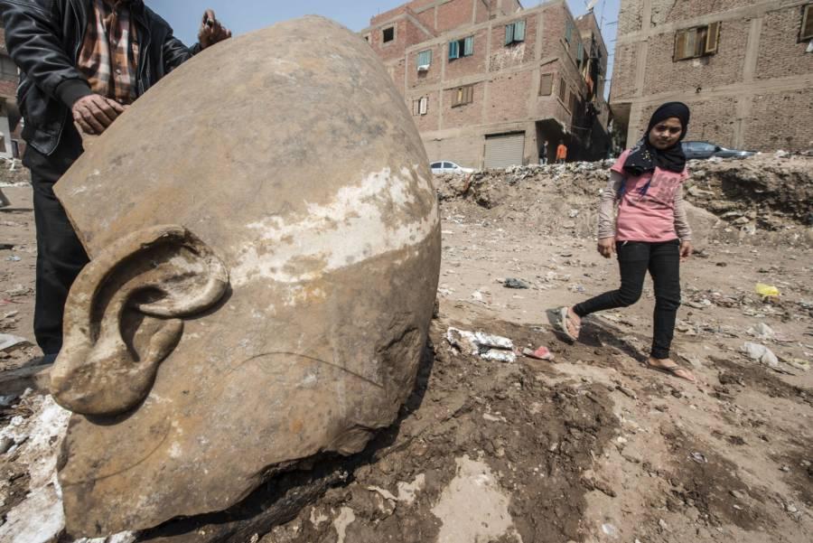 Egypt Statue Girl