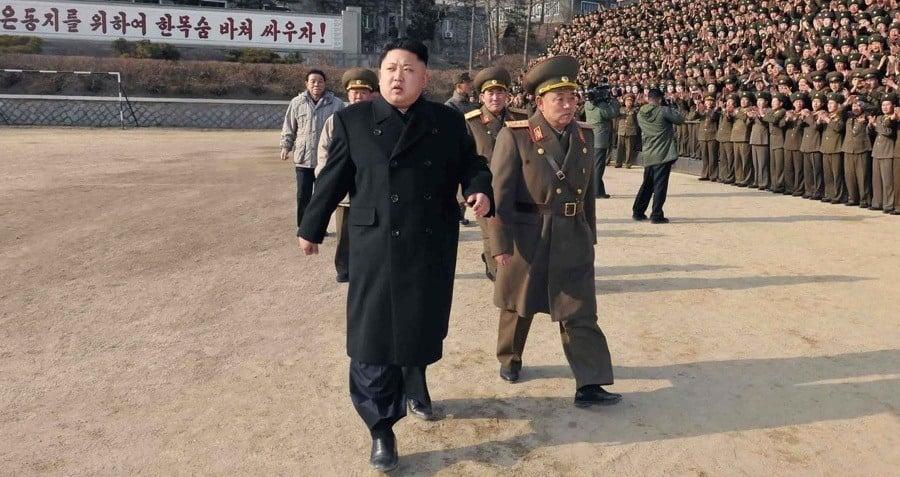 Kim Walking Og