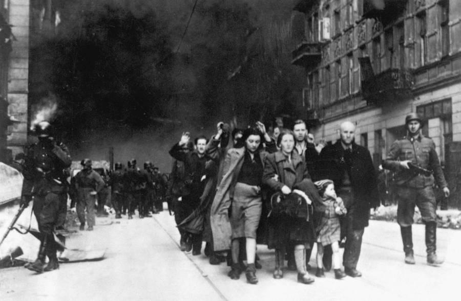 Warsaw Ghetto Uprising Walking
