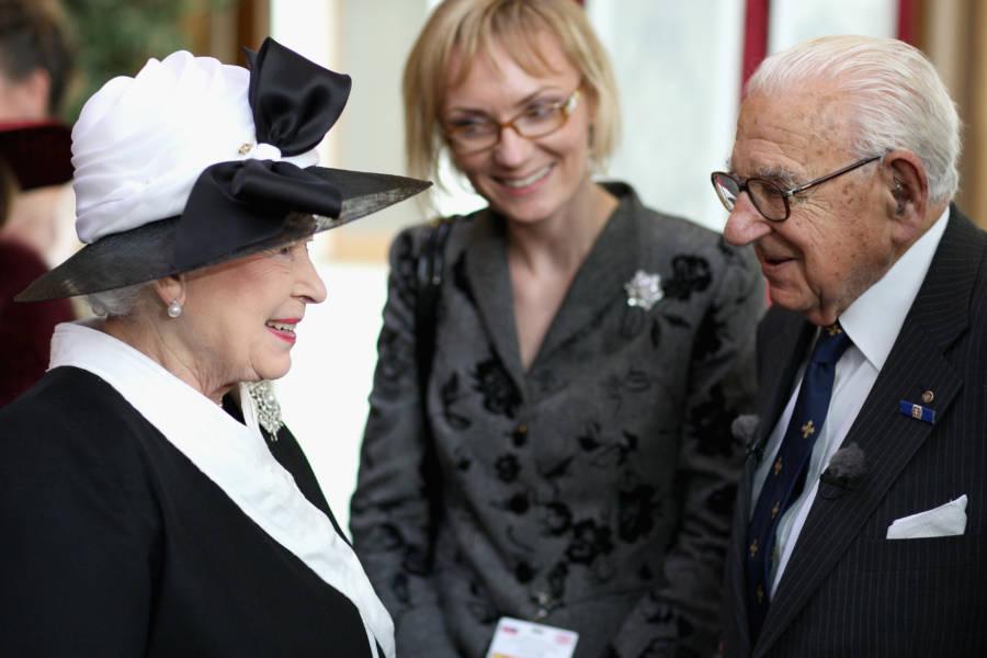 Nicholas Winton Meets Queen Elizabeth II