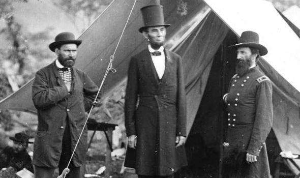 Abe Lincoln And Allan Pinkerton