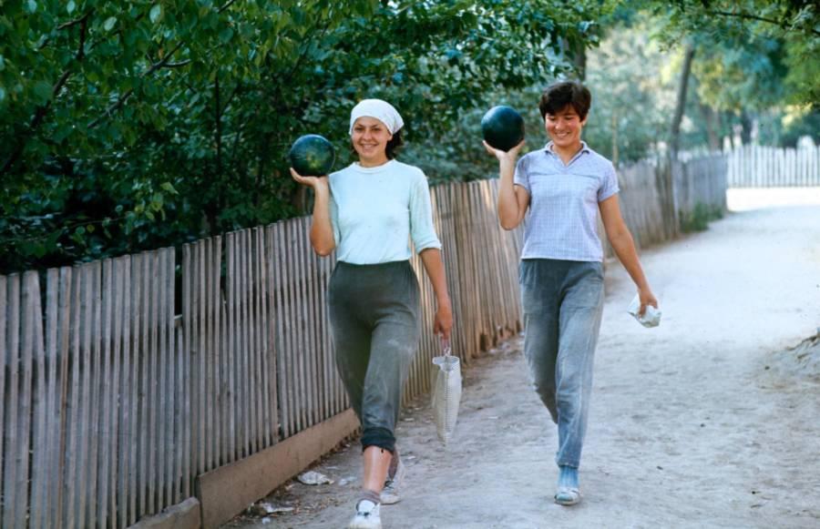 Bowling Soviet Walking