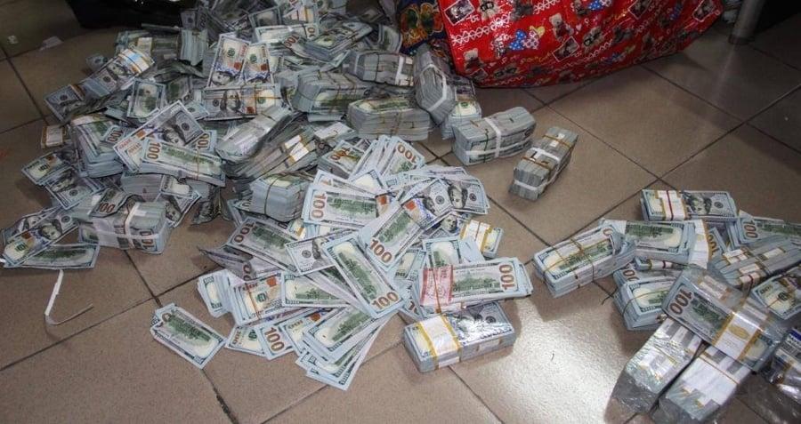 Cash On Floor