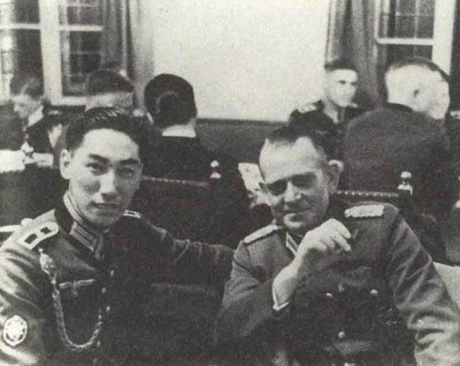 Chiang Weikuo Sitting Nazis