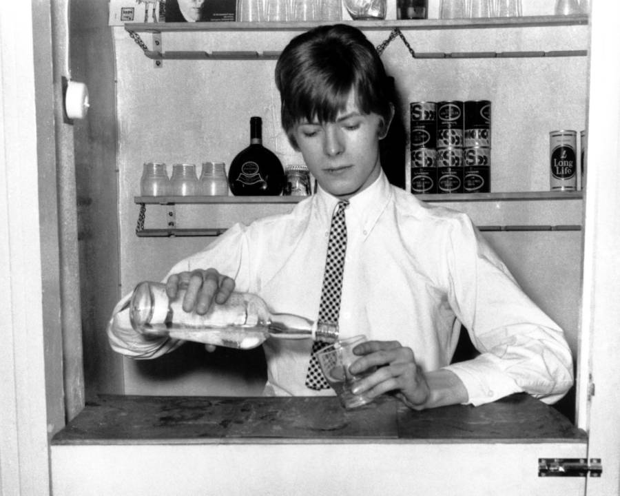 Drinking Bowie Pouring