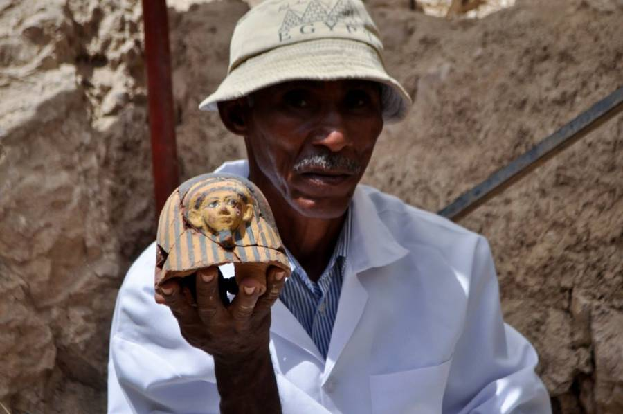 Sculptures Found In Luxor Tomb