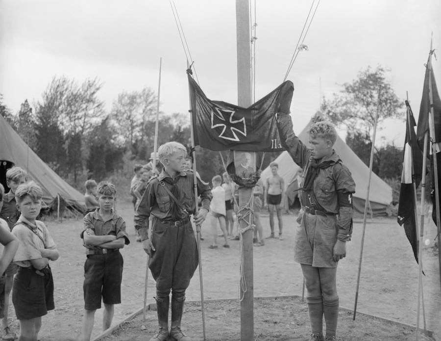 Kids Raising Flag