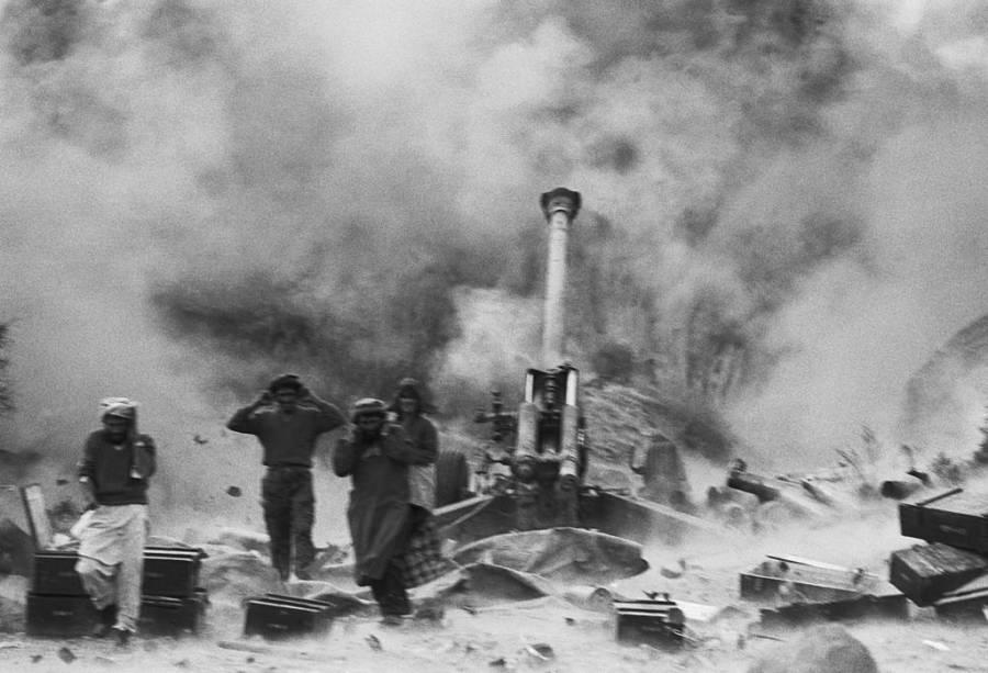 Mujahideen Artillery Firing
