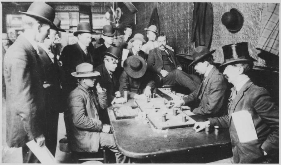 Orient Saloon Faro Game