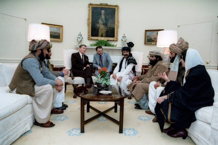 Reagan With Mujahideen