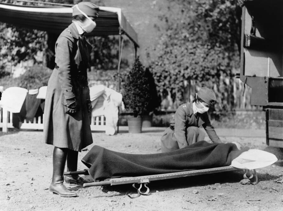 Red Cross Workers During The Spanish Flu