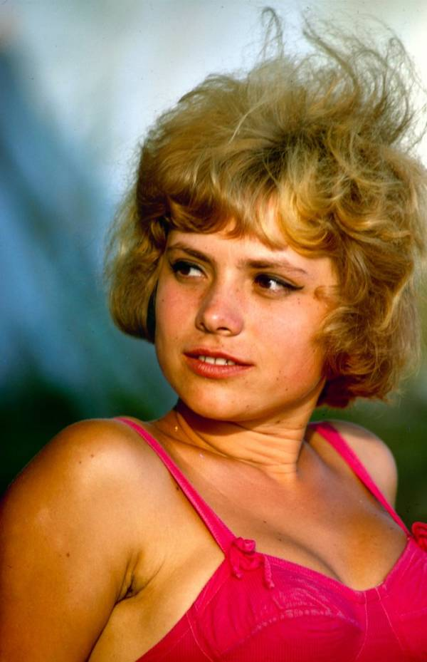 Soviet Pink Shoulder Blonde