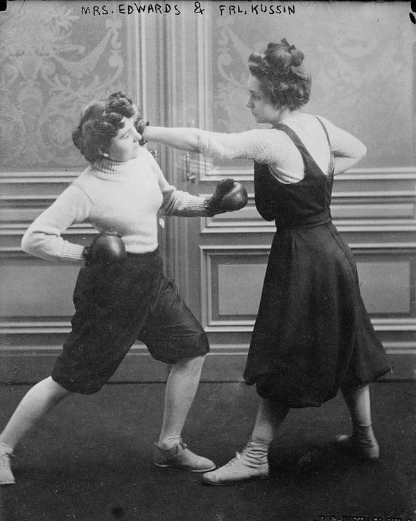 Edwards Kussin Punch