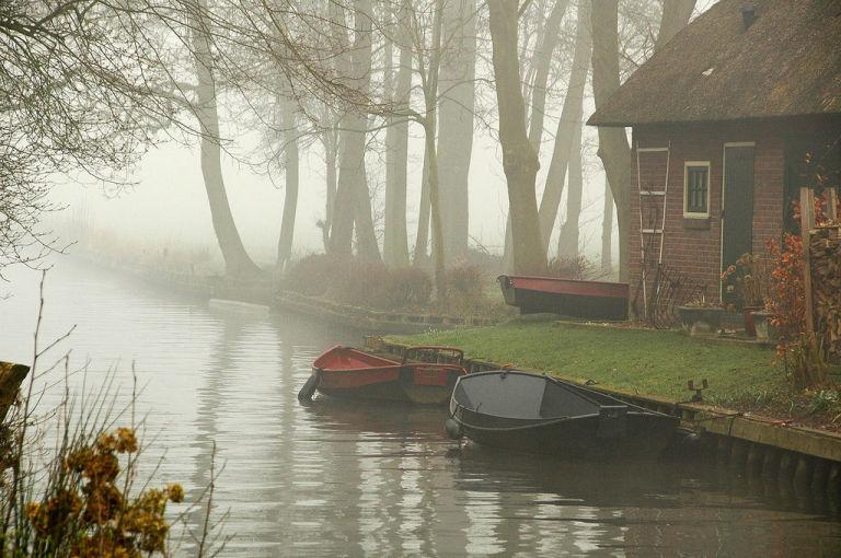 Giethoorn Fog