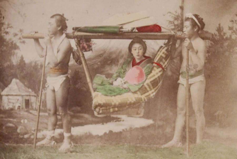 Kago Bearers