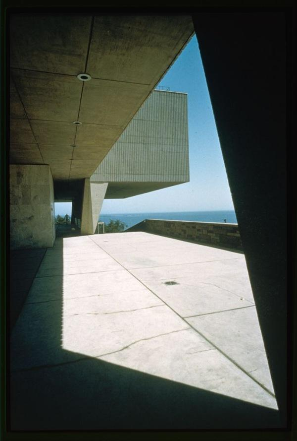 Milwaukee Art Museum Shadow Exterior Detail