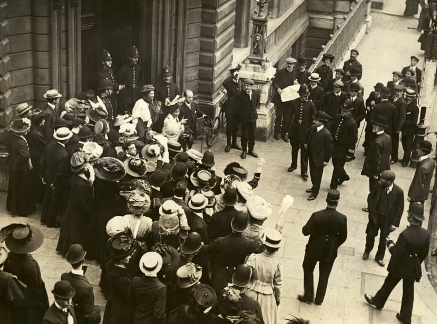 Pankhurst Leaving Court