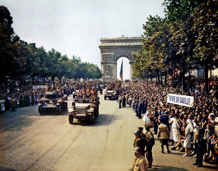 Paris Liberation Crowds