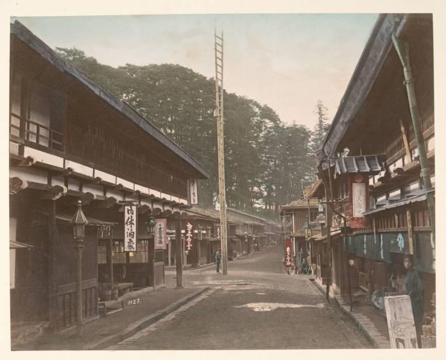 Shimonosuwa Fire Bell At Nakasendo