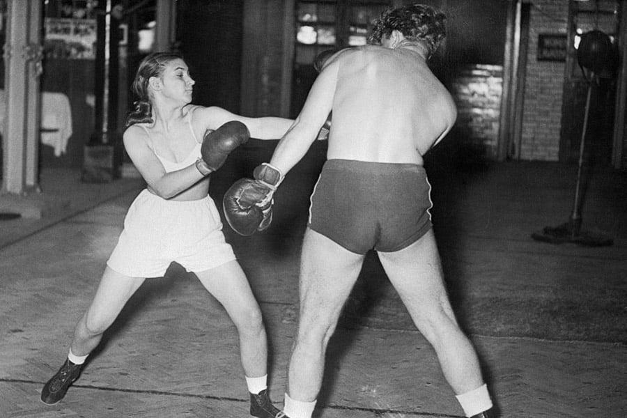 Shorthand Typist Boxer