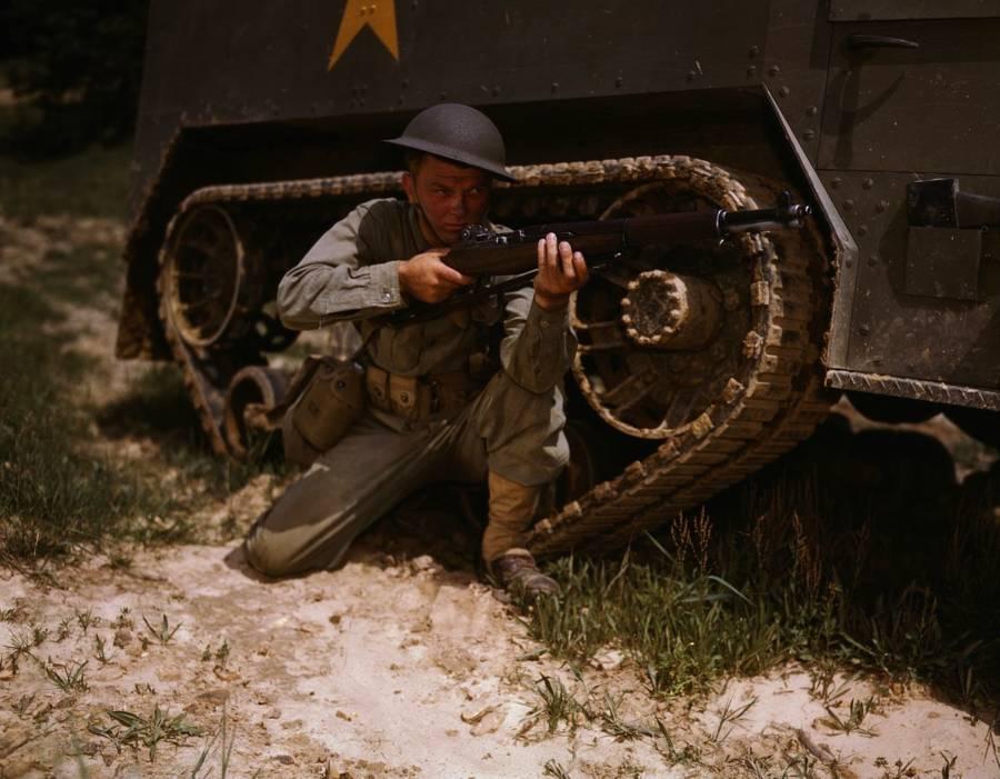 Tank Infantry Kneel