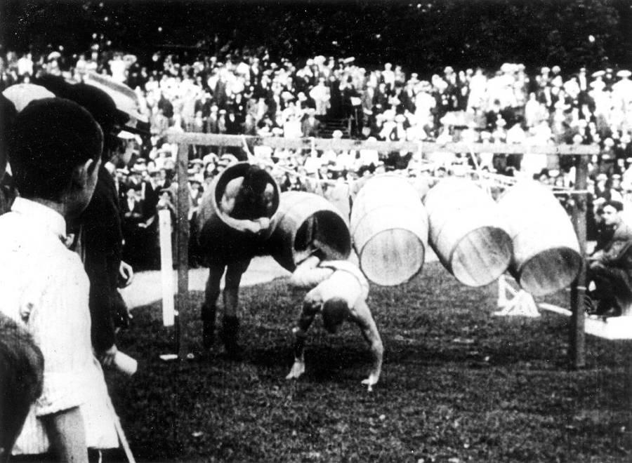 Barrel Jumping 1904 Olympics