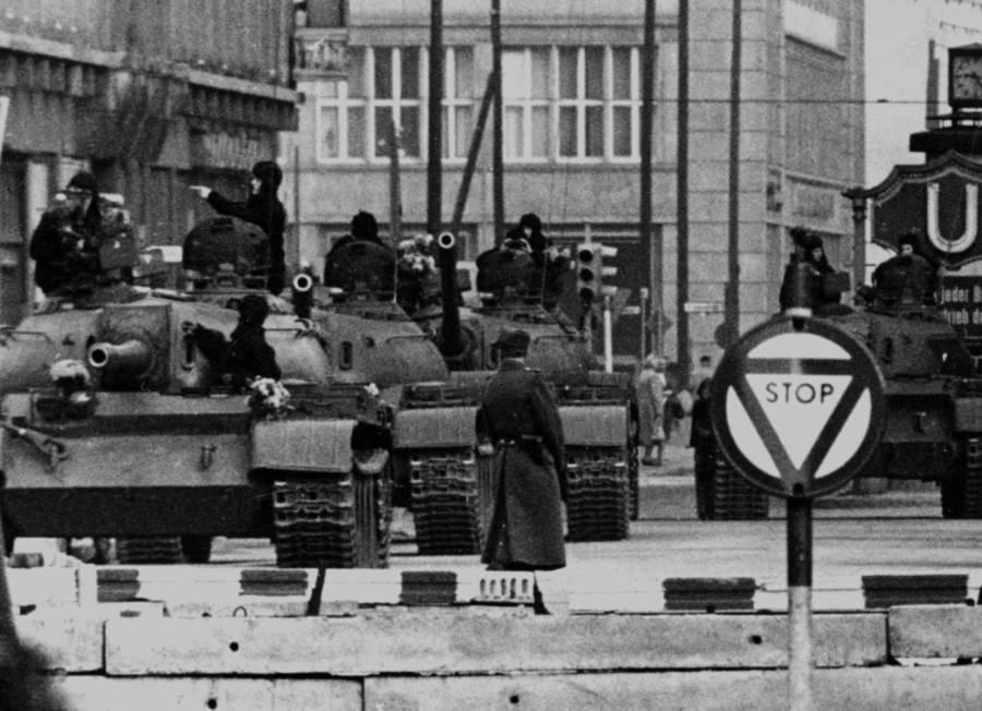 Berlin Wall Soviet Tanks