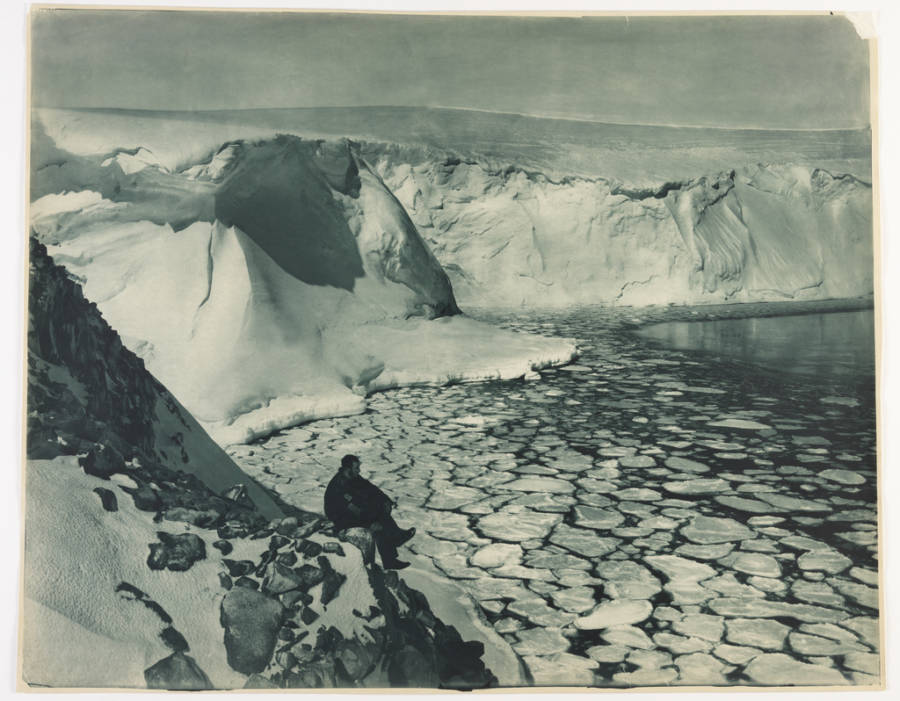 Commonwealth Bay Antarctic Exploration