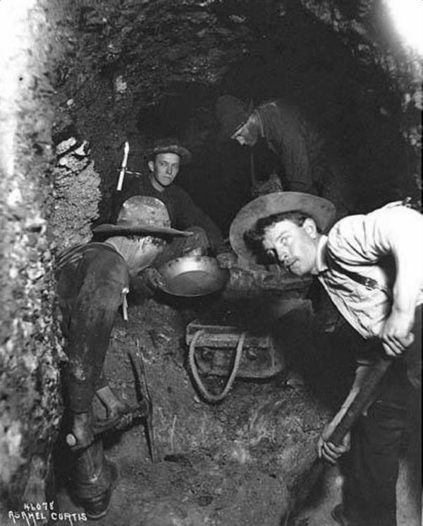 Klondike Miners Underground