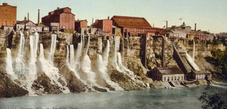 Niagara Falls Dam