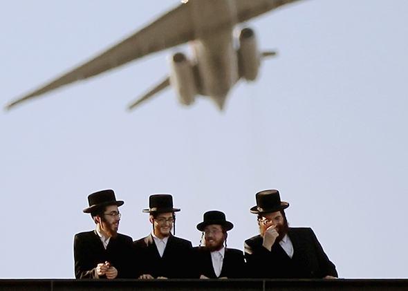 Orthodox Jews Plane Women