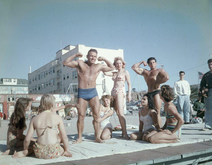 Strongman Flexing