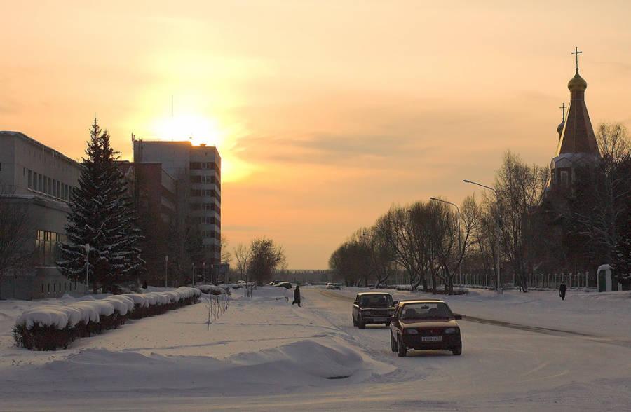 Sun Snow Steeple