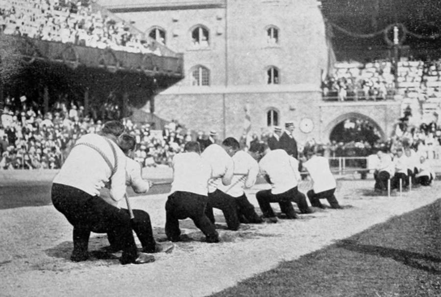 Tug Of War 1912
