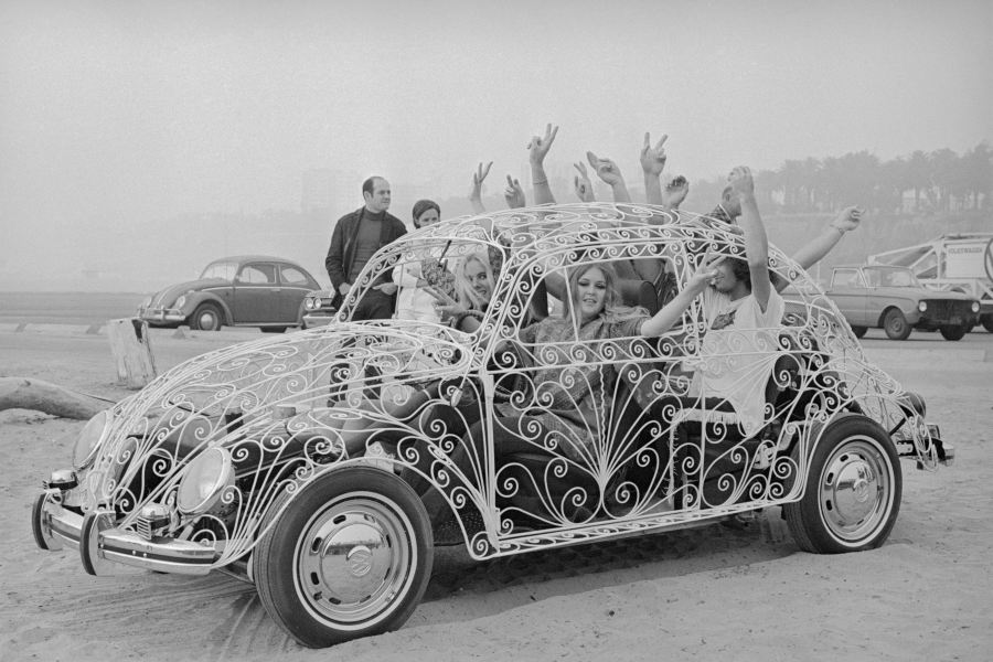Wrought Iron Volkswagon Bug
