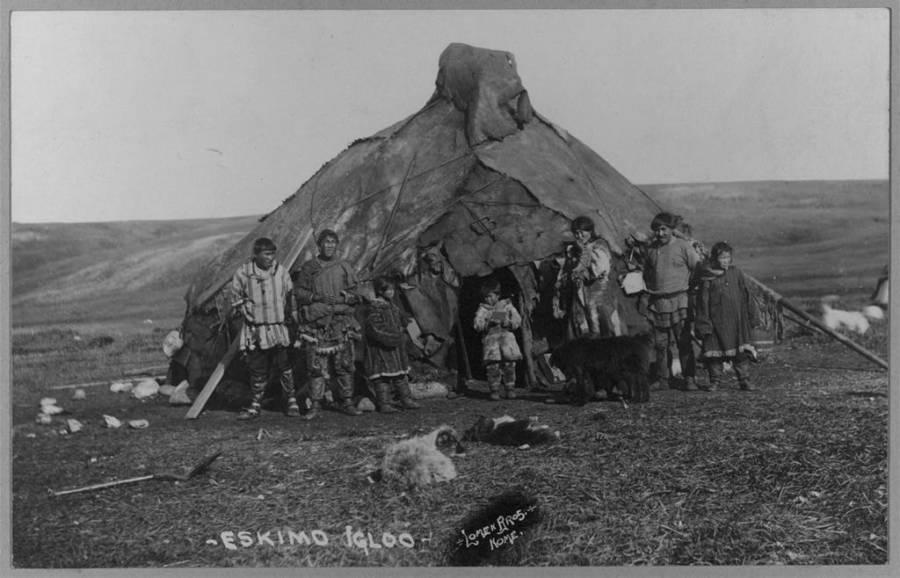Alaskan Eskimo Hut