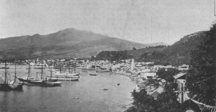 Before Mt Pelee Harbor