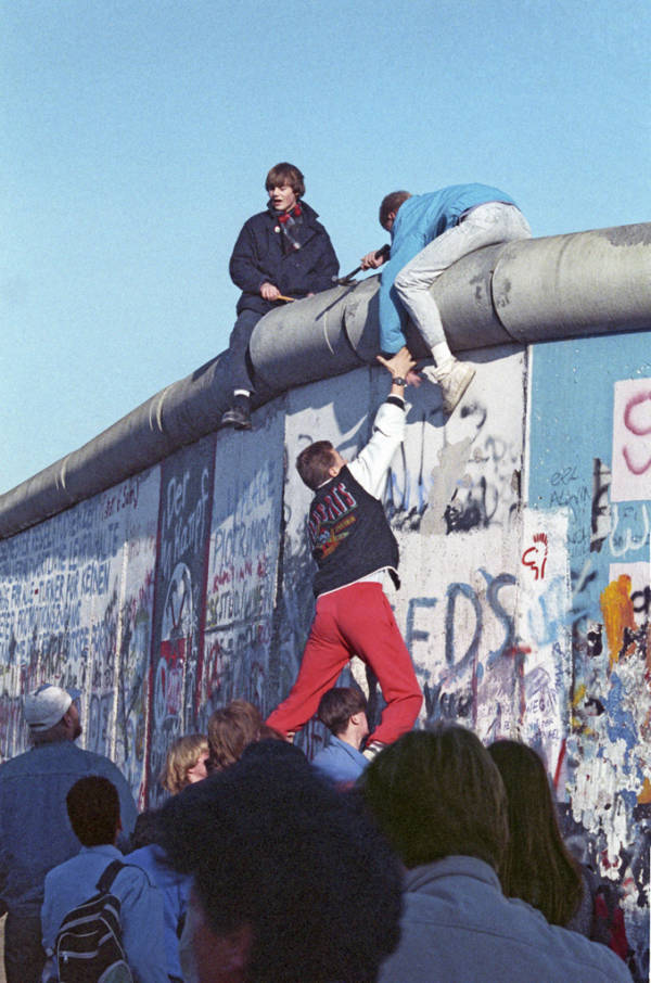 Berlin Wall Jumpers