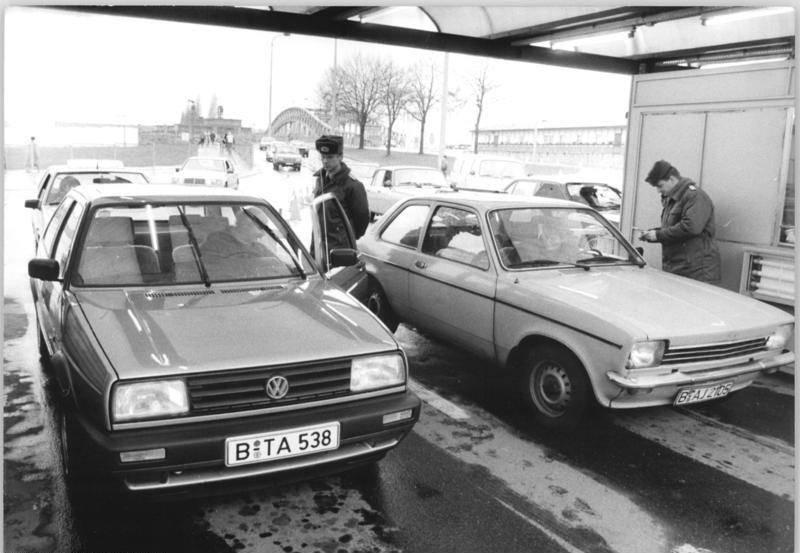 Border Checks In Cars