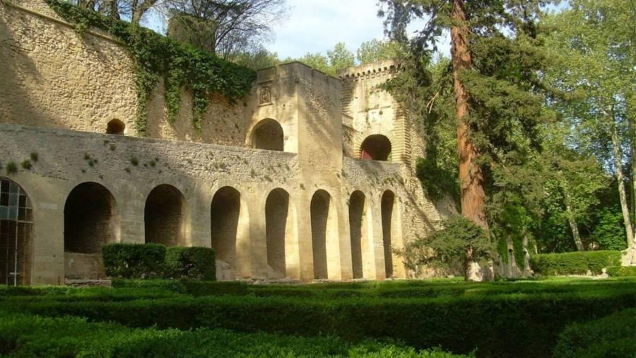 Chateau Arches