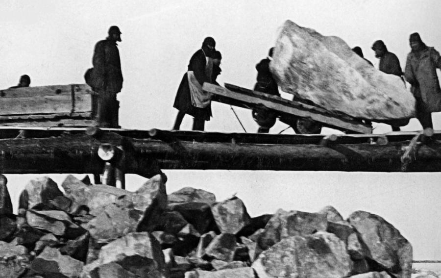 Construction At Belomorkanal
