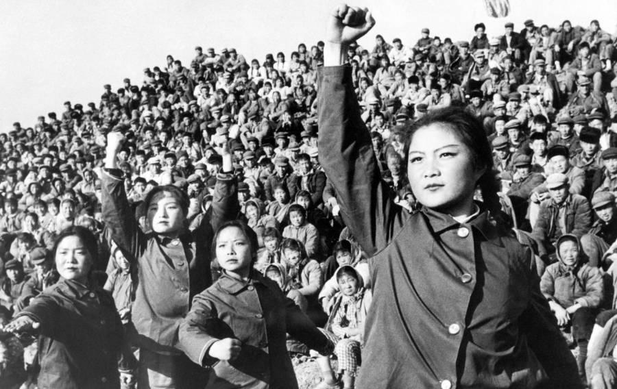 Cultural Revolution Posing